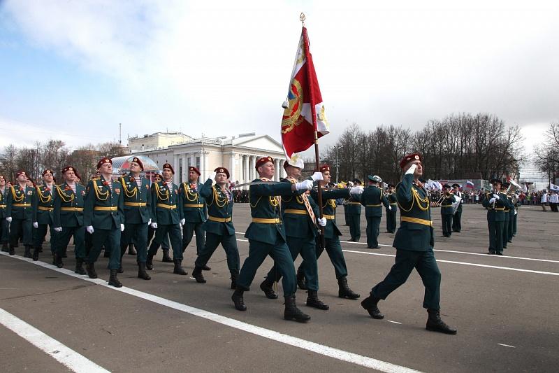 9 Мая: парад, митинг, шествие